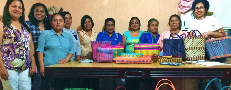 Coopérative de fabrication sacs cabas plastique tressés du Guatemala