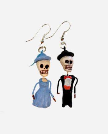 Boucles d'oreilles squelettes en argile robe bleue