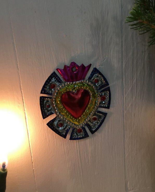 Coeurs sacré mexicain couronne de merlons bleue - nature morte