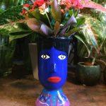 Vase céramique du Guatemala tête de géant bleu - face