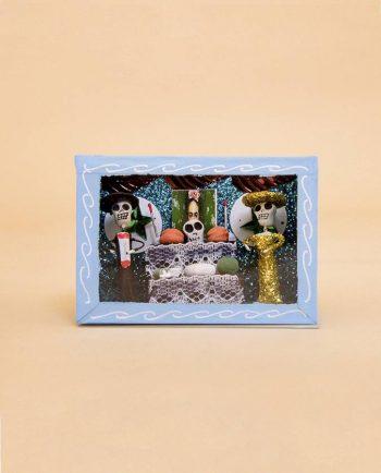 Vitrine mexicaine mini-squelettes offrande à Frida