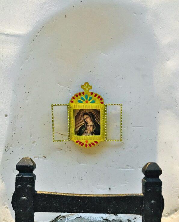 Nicho mexicano Vierge fenêtre