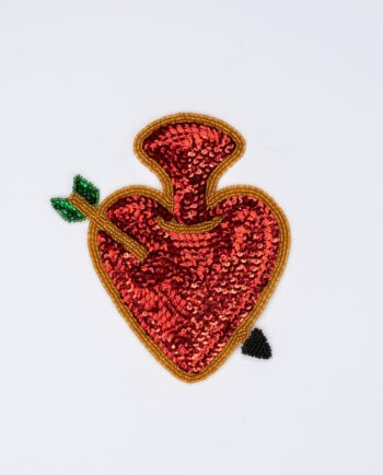 Ecusson coeur sacré coeur percé d'une lance